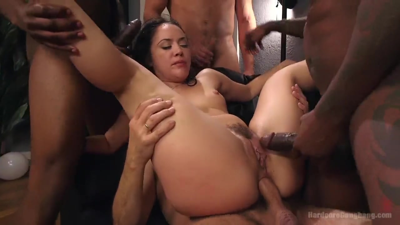 Wife Gets Surprise Creampie