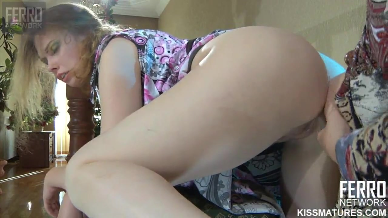 russian mother fucked daughter with strapon