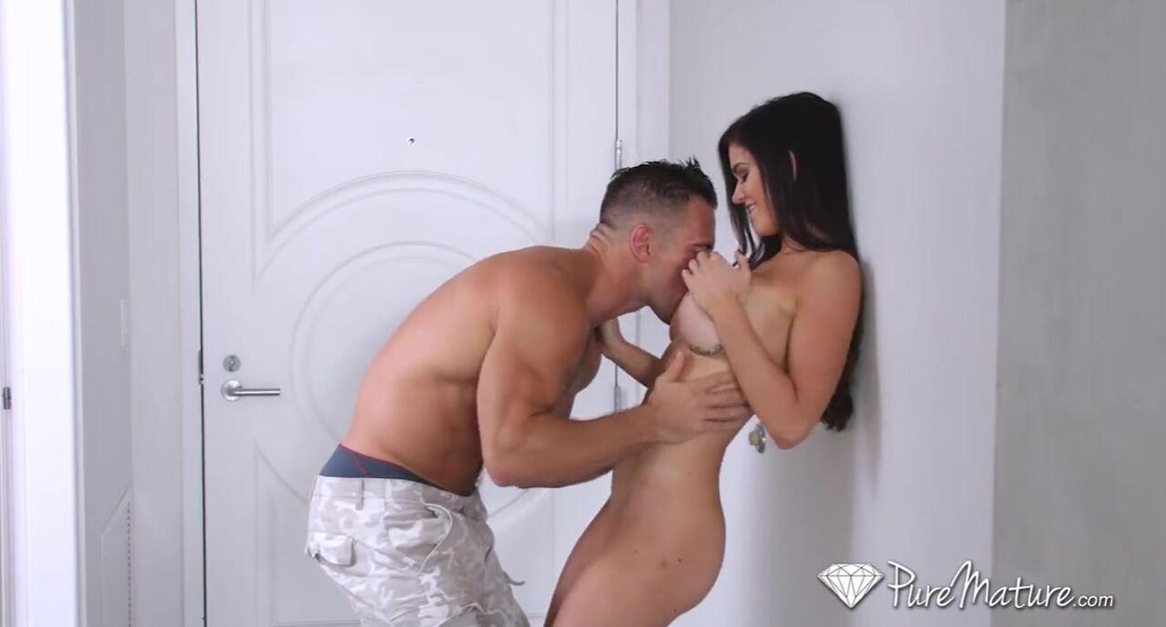 Massage Sex For Big Tits Porn Star Kendall Karson