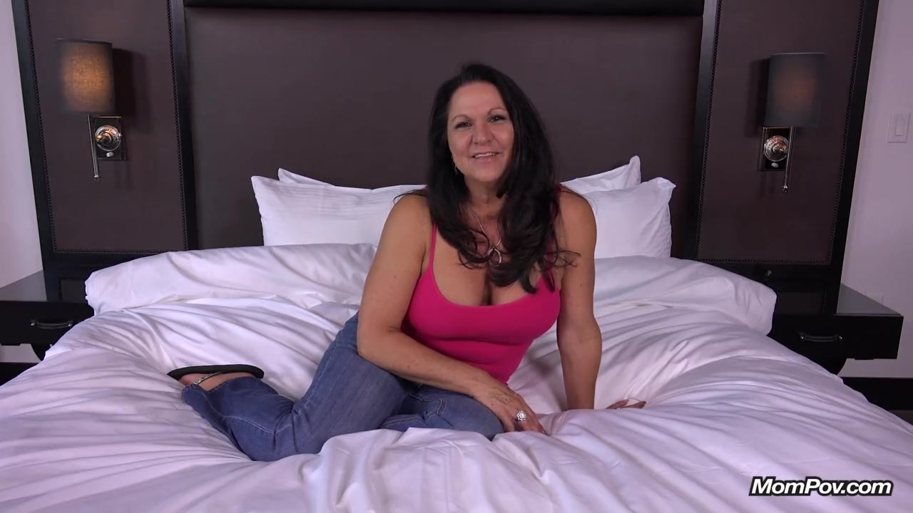 bbw gilf with hanging breasts gets cock in the ass